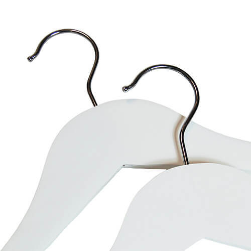 wooden hangers white wood 402 458 close up neck hooks